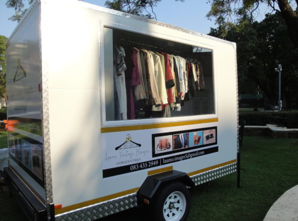 Mobile Boutique_exterior